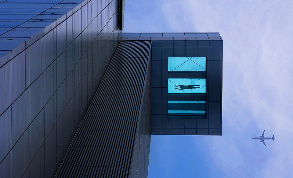 6glass-bottom-swimming-pool-at-24th-floor
