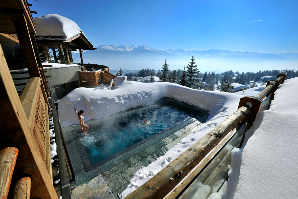 9hot-pool-at-cold-alps
